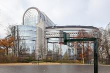 Le Parlement européen, le bâtiment Paul-Henri Spaak ou encore le « Caprice des Dieux »