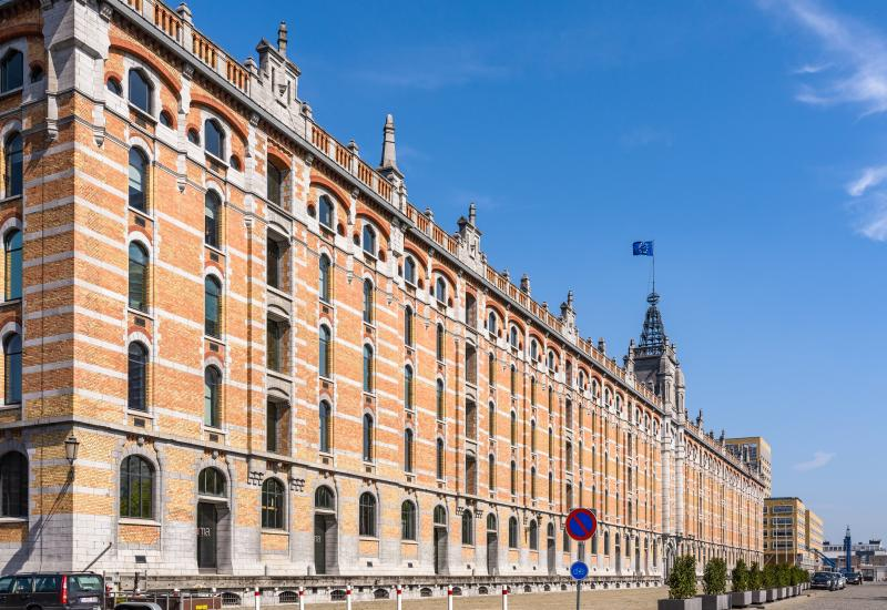 Tour & Taxis - Entrepôt Royal - Koninklijk Pakhuis