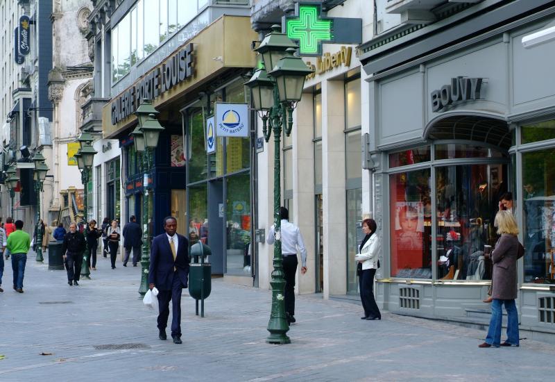 Galeries Porte de Louise, Avenue Louise