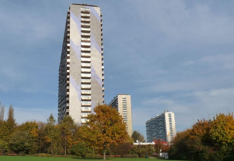 Hoog gebouw, Louis Mettewielaan (Sint-Jans-Molenbeek)